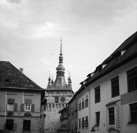 turnul cu ceas din piata cetatii Sighisoara